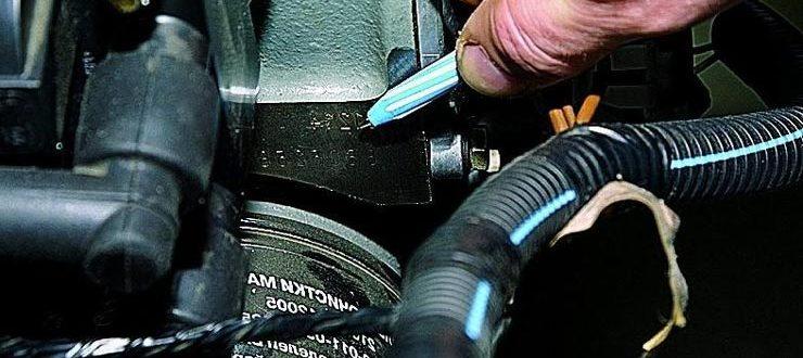 где находится номер двигателя на ваз 2110